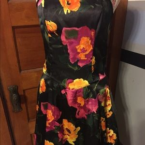 Studio 1940 collection woman's  sz 6 dress NWT